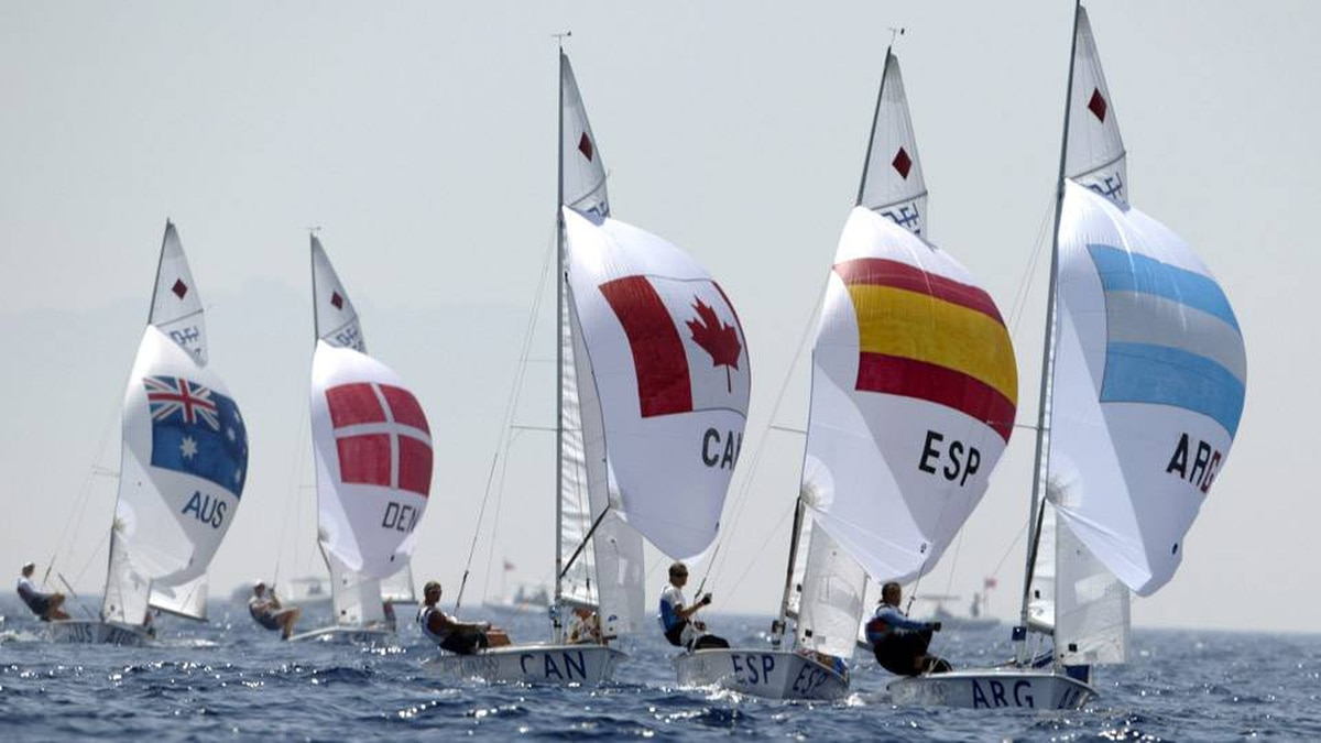 Canada's Jennifer Provan of Toronto at skipper and Nikola Girke of Grande Prairie, Alta at crew are seen in the middle of the pack in the women's double-handed dinghy 470 at the Olympic Sailing Centre at the Athens Olympics, Saturday, August 21, 2004.