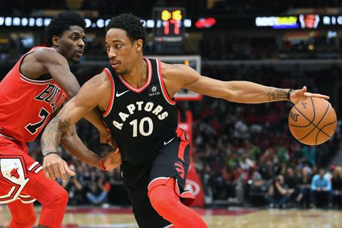 Lowry leads Raptors past Bulls for 7th win in row