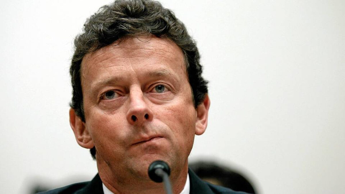 """BP Chief Executive Tony Hayward listens to opening statements before the Oversight and Investigations Subcommittee for a hearing on """"The Role Of BP In The Deepwater Horizon Explosion And Oil Spill"""" on June 17, 2010 in Washington, DC."""