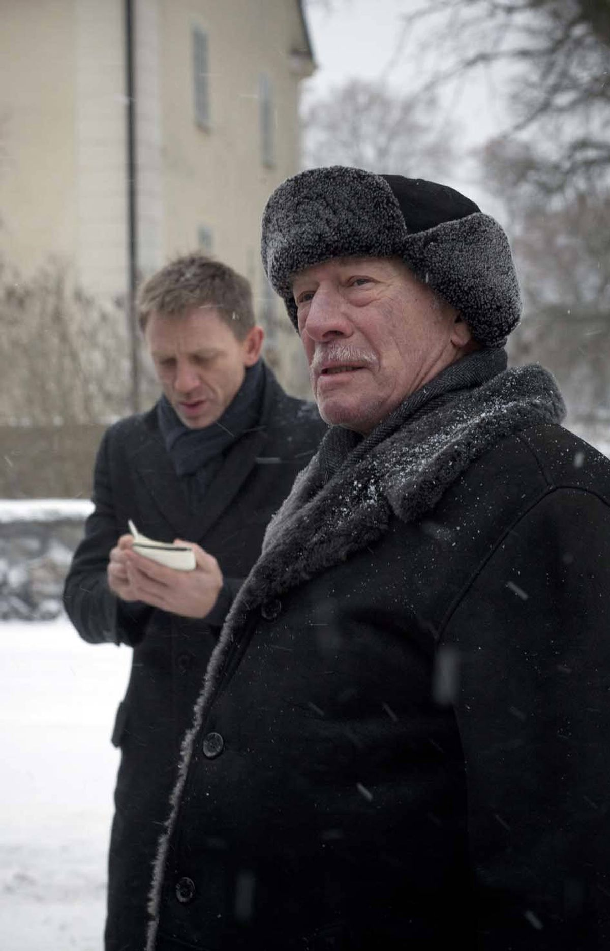 Christopher Plummer, foreground, with Daniel Craig in The Girl With The Dragon Tattoo (2011).