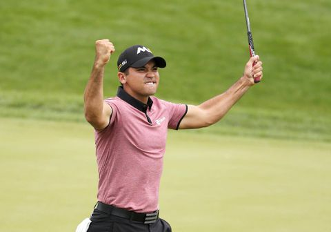 Jason Day takes five-shot lead at BMW Championship with record-tying putt