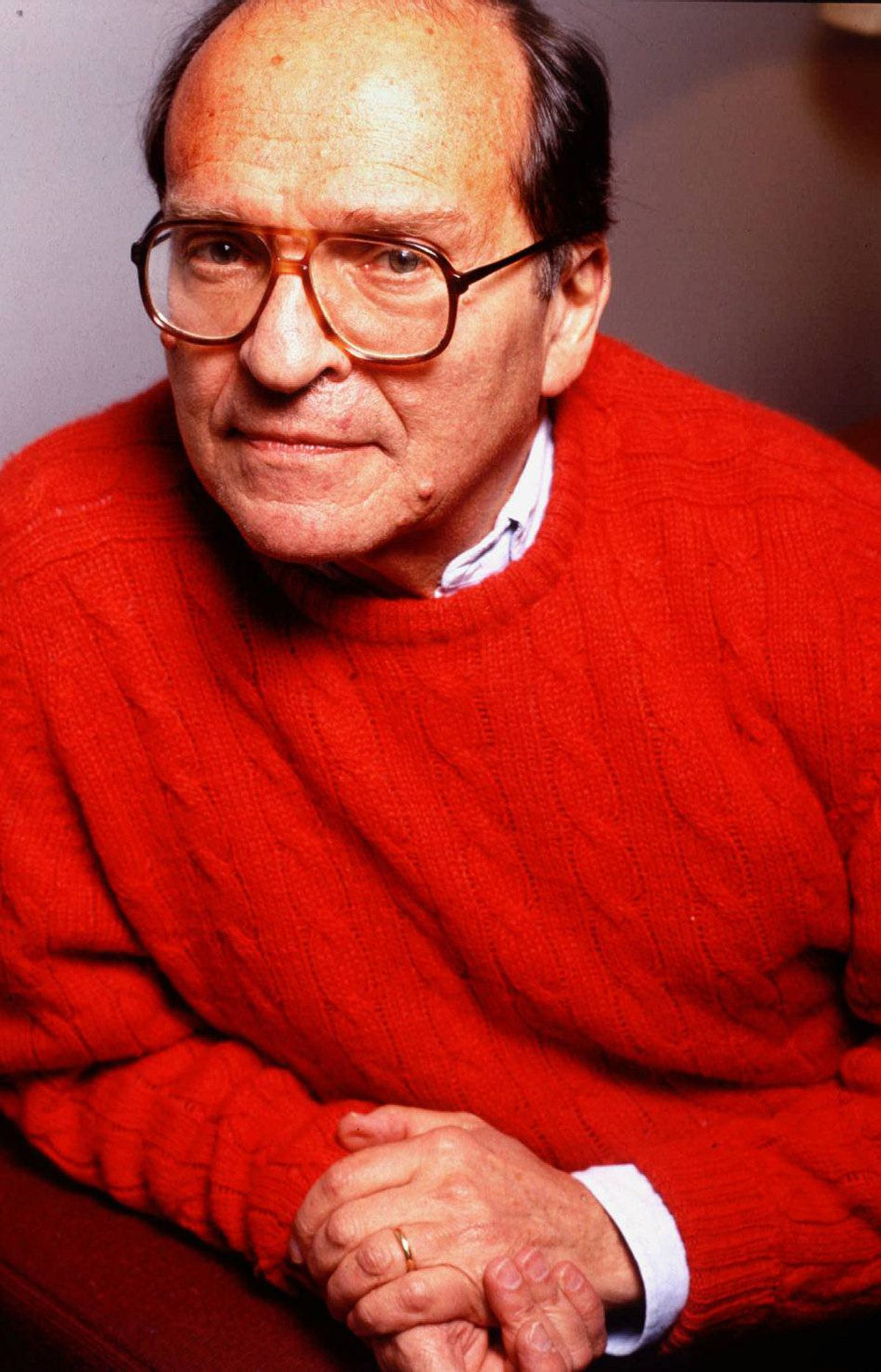 """Director Sidney Lumet dies of lymphoma at age 86 """"If you prayed to inhabit a character, Sidney was the priest who listened to your prayers, helped them come true."""" So said Al Pacino, of the prolific New York filmmaker who not only earned four Oscar nominations (12 Angry Men, Dog Day Afternoon, Network and The Verdict), but the respect of his actors."""
