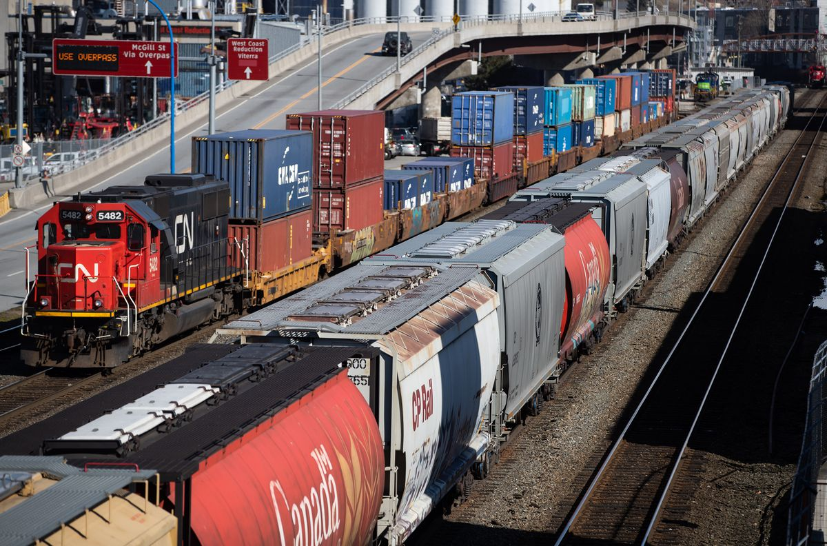 Canadian National Railway investor TCI says its marshalling support among shareholders to unseat top executives