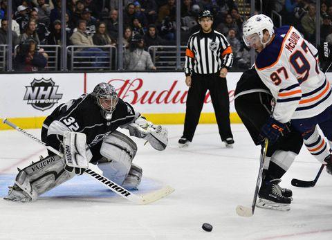 Edmonton Oilers trade defenceman Davidson to Islanders for 2019 draft pick