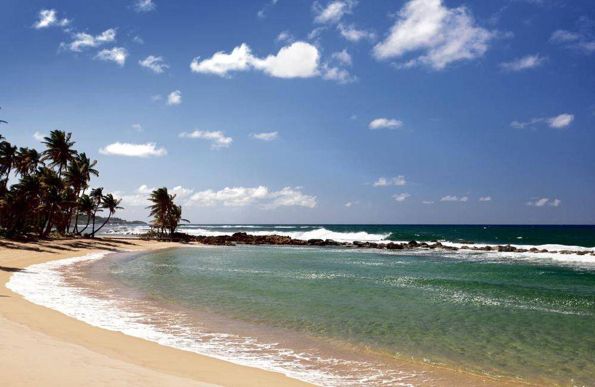 Golf R Dorado >> Vacation envy: tour the Ritz Carlton Dorado Beach - The ...
