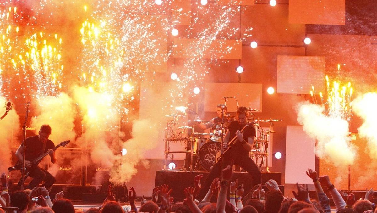 Nickelback opens the Juno Awards show in Ottawa, Sunday April 1, 2012.