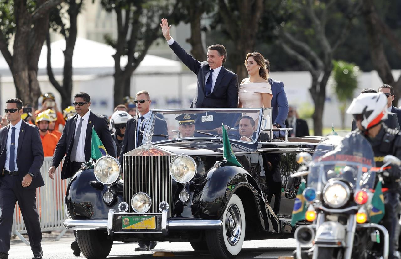 Brazil's Bolsonaro targets minorities on first day in office - The Globe  and Mail