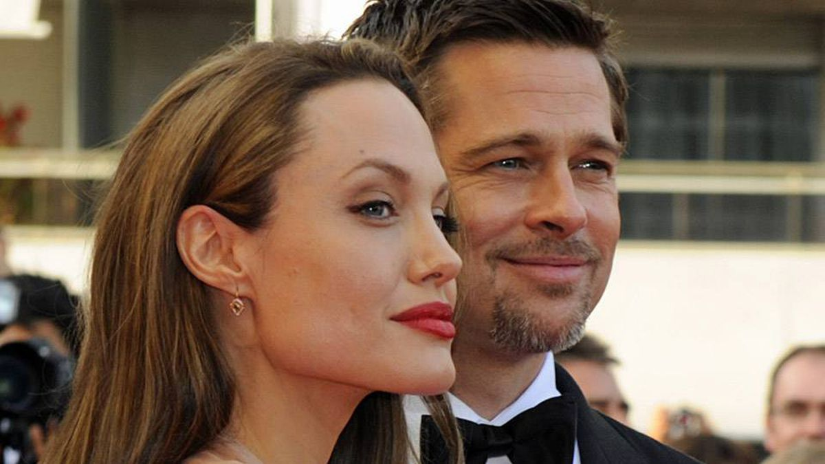 Brad Pitt and Angelina Jolie pose at the premiere of Inglourious Basterds at Cannes Film Festival early last year. The couple is reportedly finalizing a separation worth $330-million (U.S.)