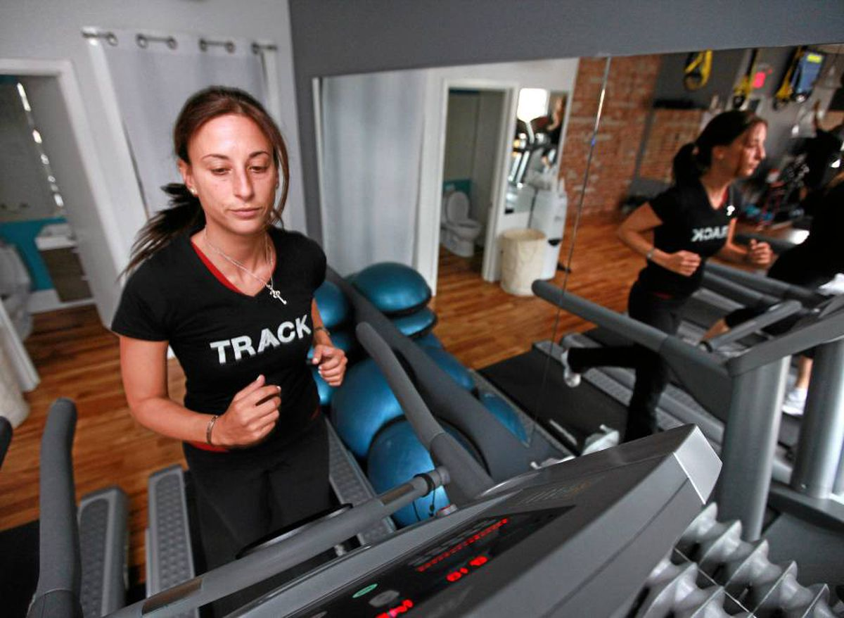 Rebecca Eckler alternates treadmill runs with weight-lifting in a 60-minute circuit twice a week, but says she lacks energy.