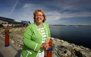 Green Party Leader Elizabeth May stands along the waterfront in Sidney, B.C., on Sept. 8, 2009, where she officially announced she is seeking the nomination for Saanich-Gulf Islands.