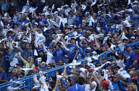 Blue Jays success reaping big, profitable rewards for Rogers