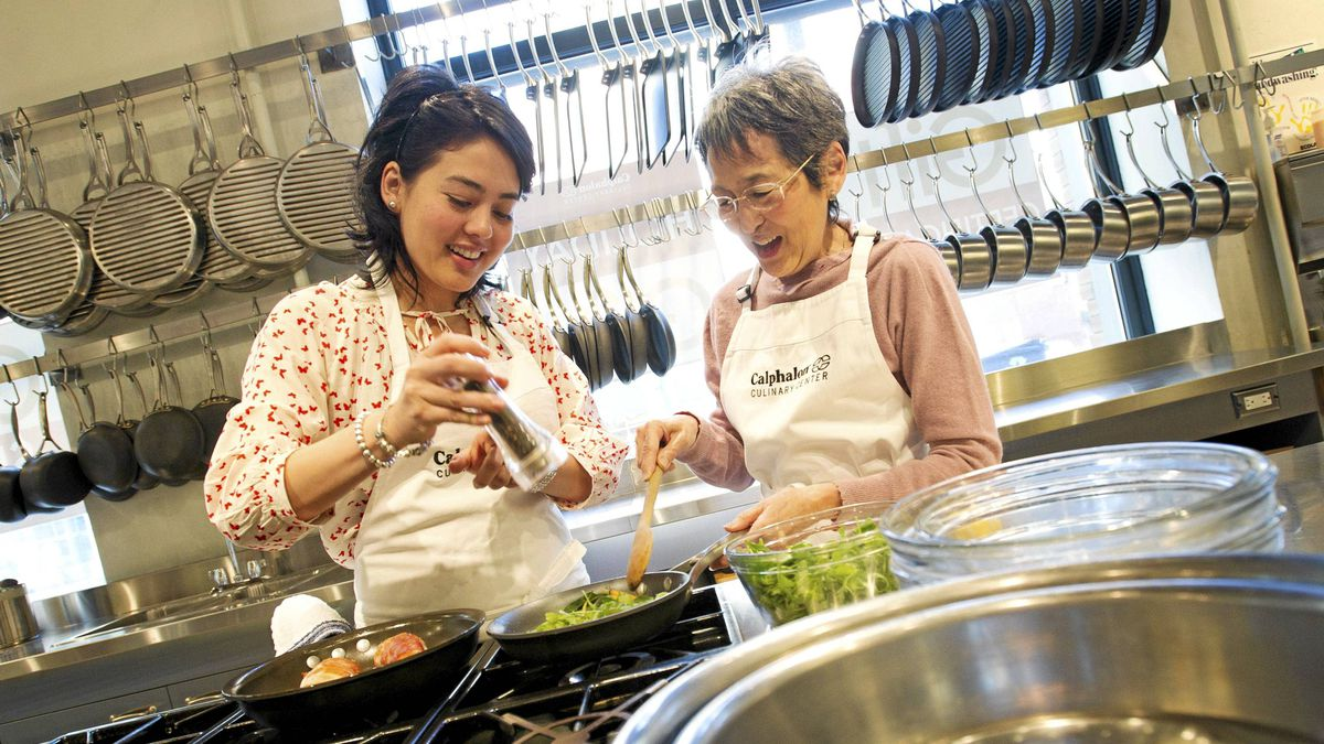 Kiyomi Ruvalcaba, 31, and her mother Julie Nishino, 65, in the kitchen at the Calphalon Culinary Centre