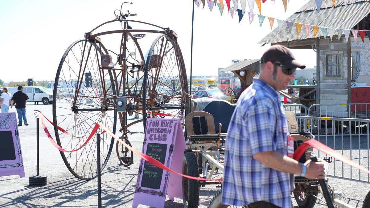 The Fun Bike Unicron Club is a group of makers interested in old-timey bikes and human-powered kinetic vehicles. Pictured here is Todd Barricklow's Two Penny bike, based on the design of an old Rudge Rotary Tricycle from the late 1800s.
