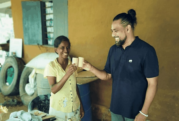 In Sri Lanka, Cha's Organics works with a women's artisanal group to craft packaging, upcycling paper from bulk tea bags that would normally end up in the garbage stream.