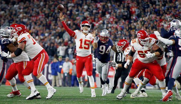 Chiefs Fall to Patriots, 43-40, Despite Thrilling Comeback