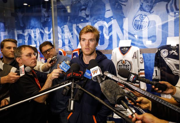 All eyes on Connor McDavid's rehabbed left knee as Edmonton Oilers begin camp