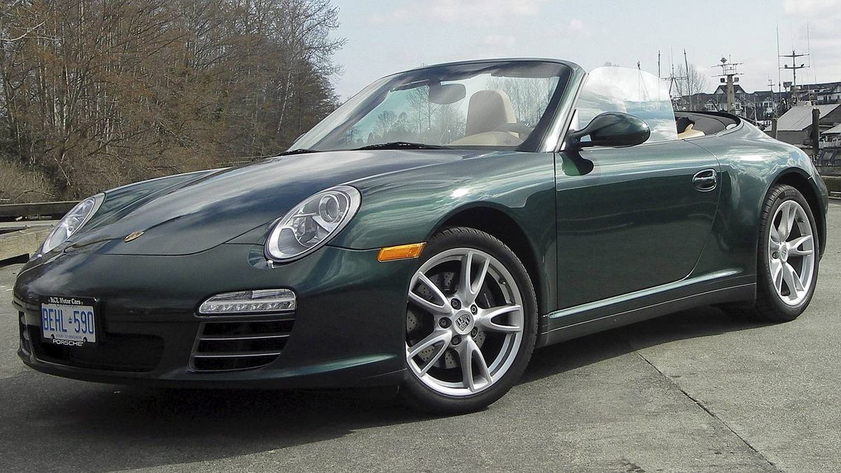2009 Porsche (11 Carrera 4 Cabriolet Credit: Ted Laturnus for The Globe and Mail