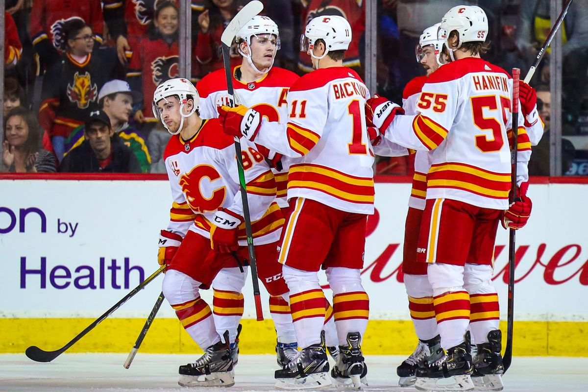 Andrew Mangiapane scores first hat trick, leads Flames over Ducks 6-4