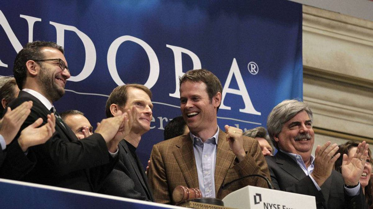 Joe Kennedy (2nd L), president and CEO, and Tim Westergren (2nd R), founder and Chief Strategy Officer of Pandora internet radio, ring the opening bell at the New York Stock Exchange June 15, 2011.