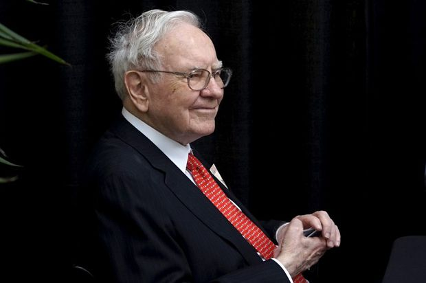 Warren Buffett really likes these 5 stocks