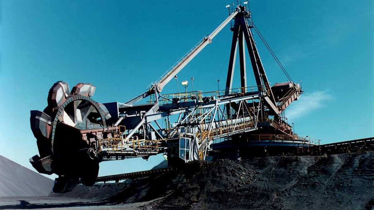 Labrador Iron Ore Royalty Income Fund - minephoto from source.
