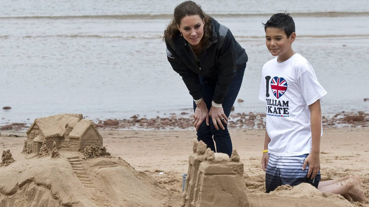 The Duchess of Cambridge admires a sand castle on the beach in Dalvay by-the-Sea, P.E.I., Monday, July 4, 2011.