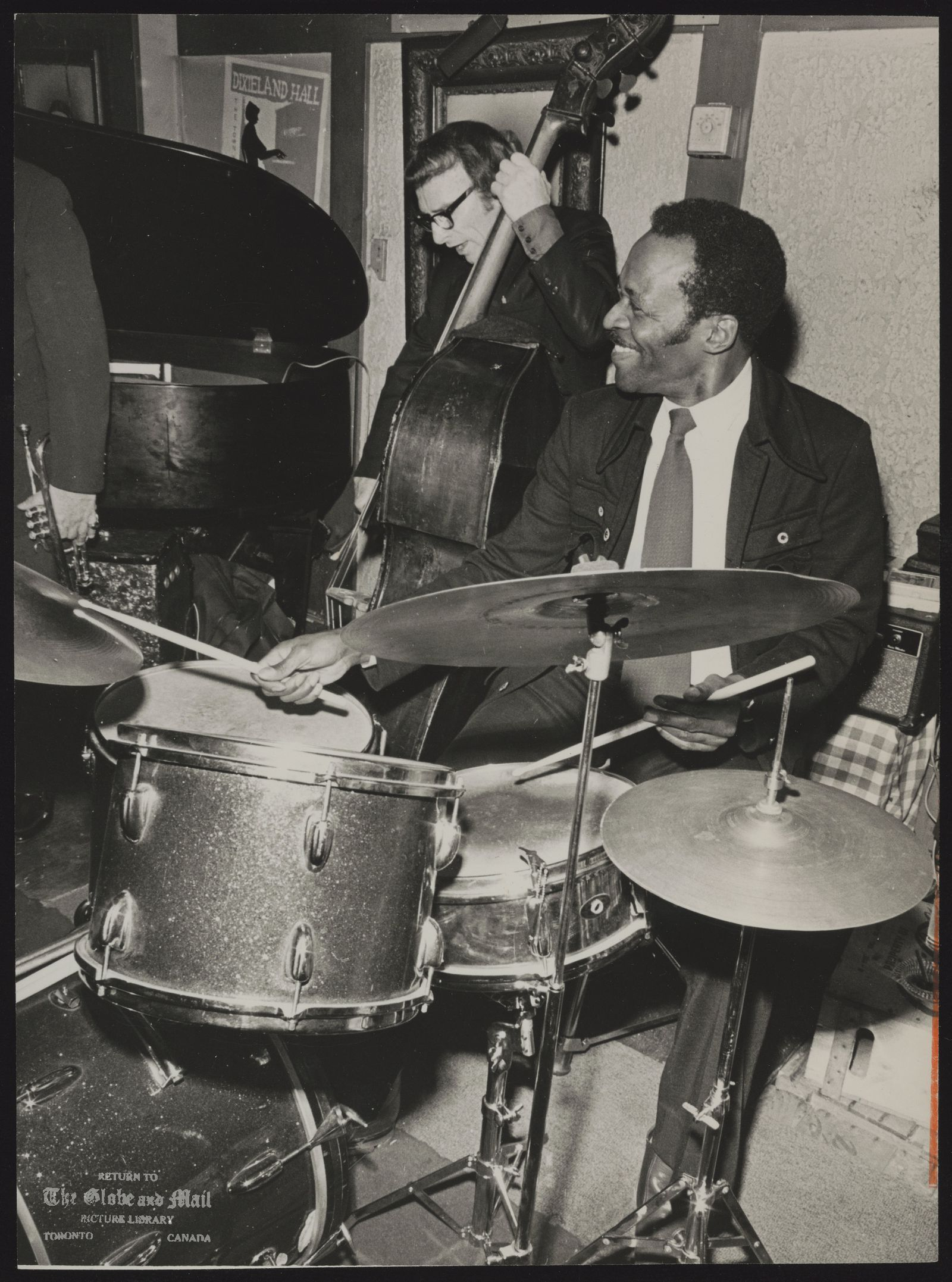 George REED Jazz (George Reed (right) with Dan Mastri (on bass)