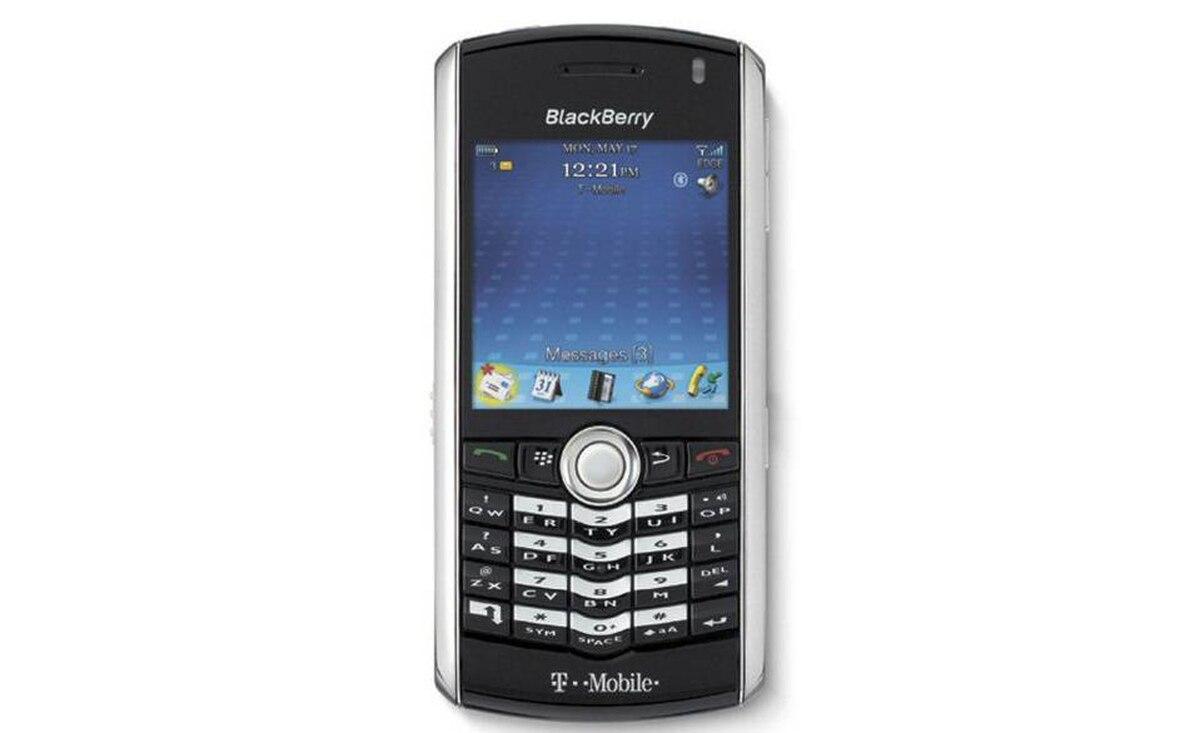 2006 - BlackBerry Pearl