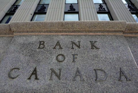 Bank of Canada holds rates steady, cites trade uncertainty