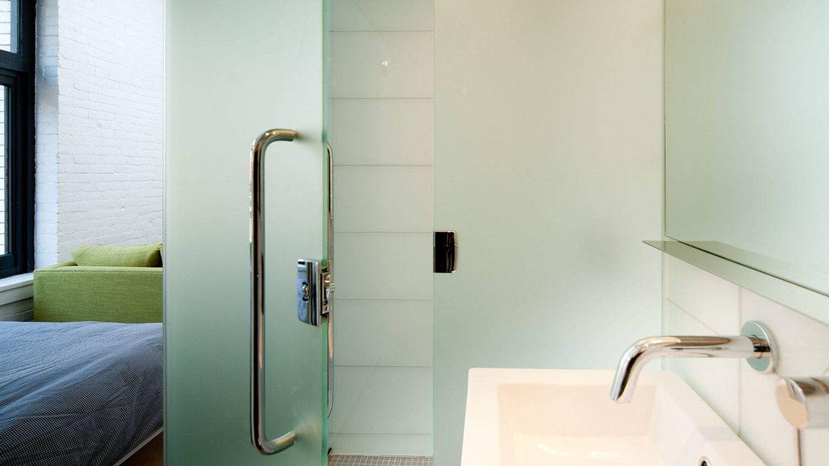 Micro-loft, bathroom detail.