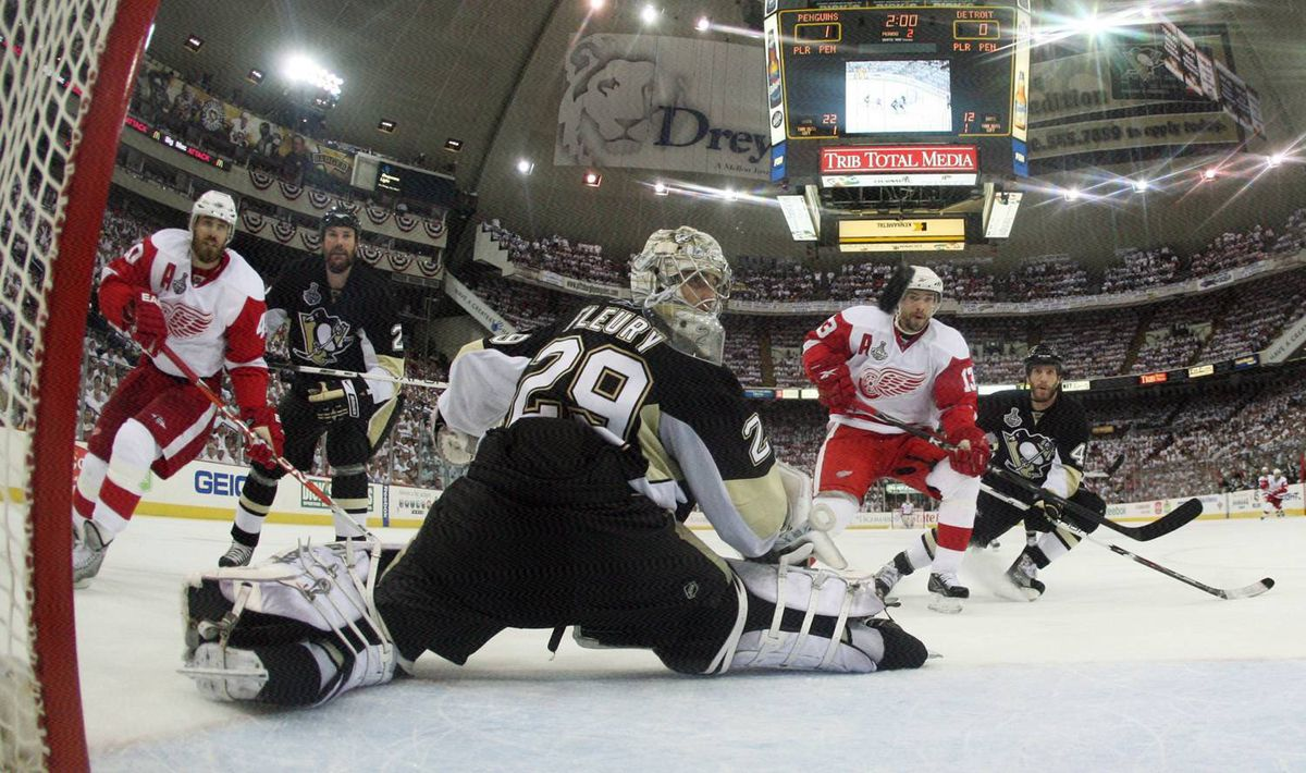 Fleury regained his form in Game 6 at the Mellon, making one of his 25 saves here in the Pens' 2-1 victory.