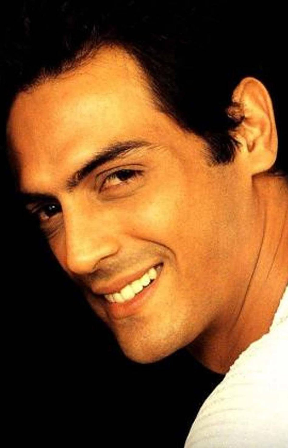 Arjun Rampal No stranger to the spotlight, fashion model turned actor Rampal has been in a steady stream of films since his debut in the early 2000s. Though his first two flicks, Moksha and Pyaar Ishq Aur Mohabbat did poorly at the box office, his performances were praised by critics and in 2002 he was awarded the coveted Face of the Year title from the International Indian Film Academy (IIFA). Most recently, the hunky actor earned acclaim for his villainous role inwhat has become one of the biggest hits in the history of Bollywood, 2007's Om Shanti Om which is still popular. Currently he is nominated for IIFA's best performance in a supporting role - male for the film Raajneeti.