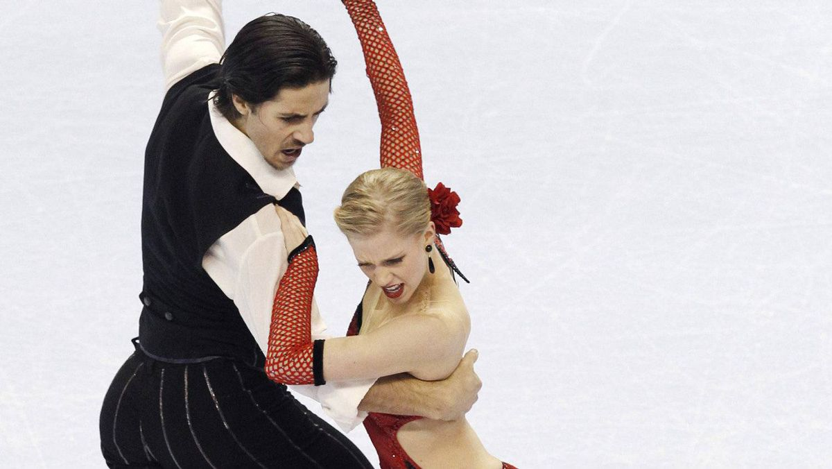 Canada's Kaitlyn Weaver and Andrew Poje (L) perform during the Ice Dance Compulsory Dance at the 2010 BMO Canadian Figure Skating Championships London, Ontario, January 14, 2010.