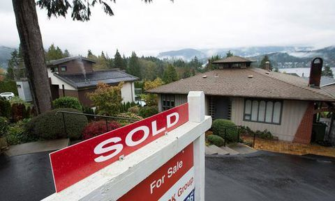 Vancouver house prices face double-digit correction: Royal LePage