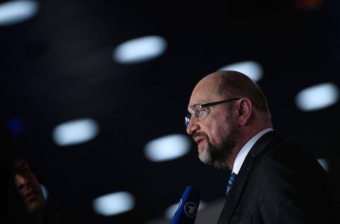 Germany's SPD backs talks with Merkel's party
