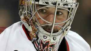 Goaltender Marty Turco is expected to join Canada's Spengler Cup team. (Photo by Ronald Martinez/Getty Images)