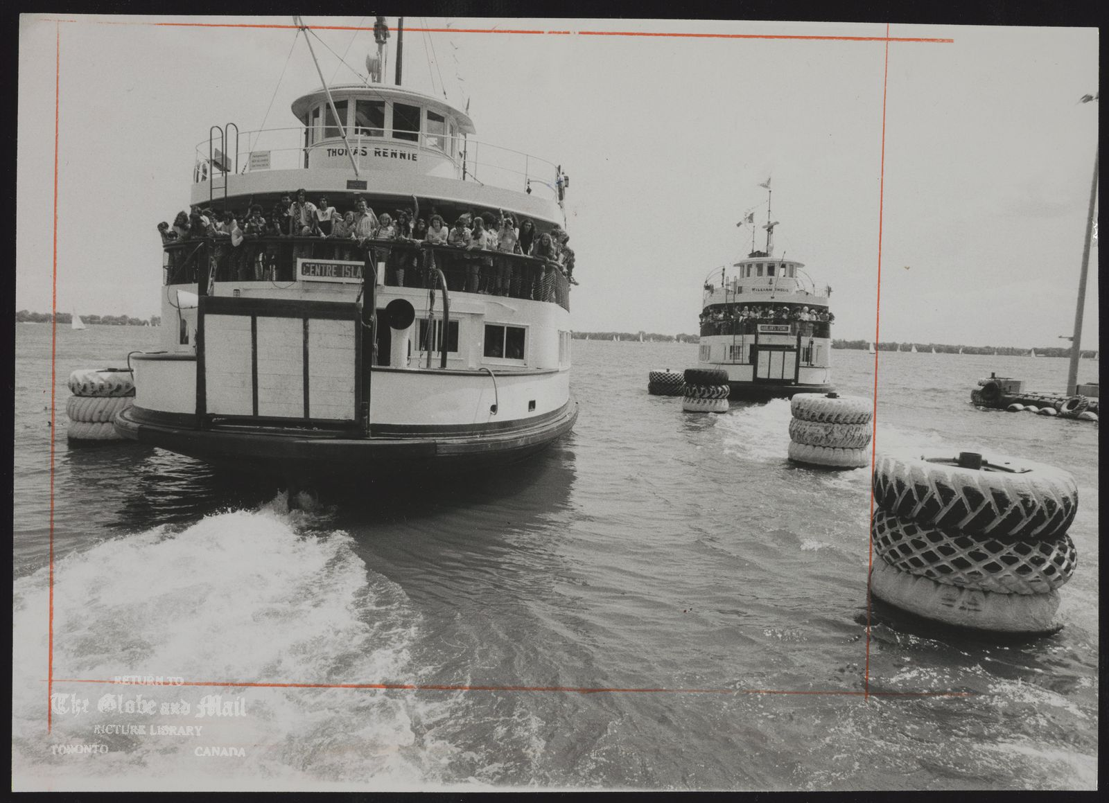 THOMAS RENNIE (Ferry) Thousands of people took advantage of free ferry rides to the Toronto Islands yesterday.
