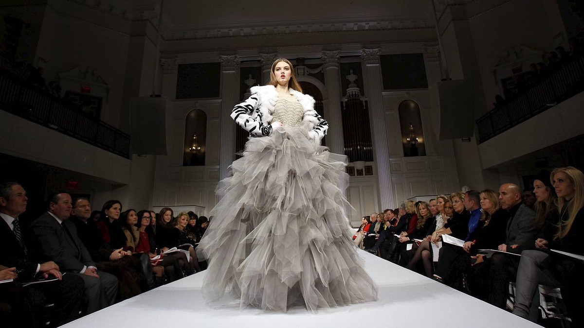 A model presents a creation at the Oscar De La Renta Fall/Winter 2011 collection during New York Fashion Week