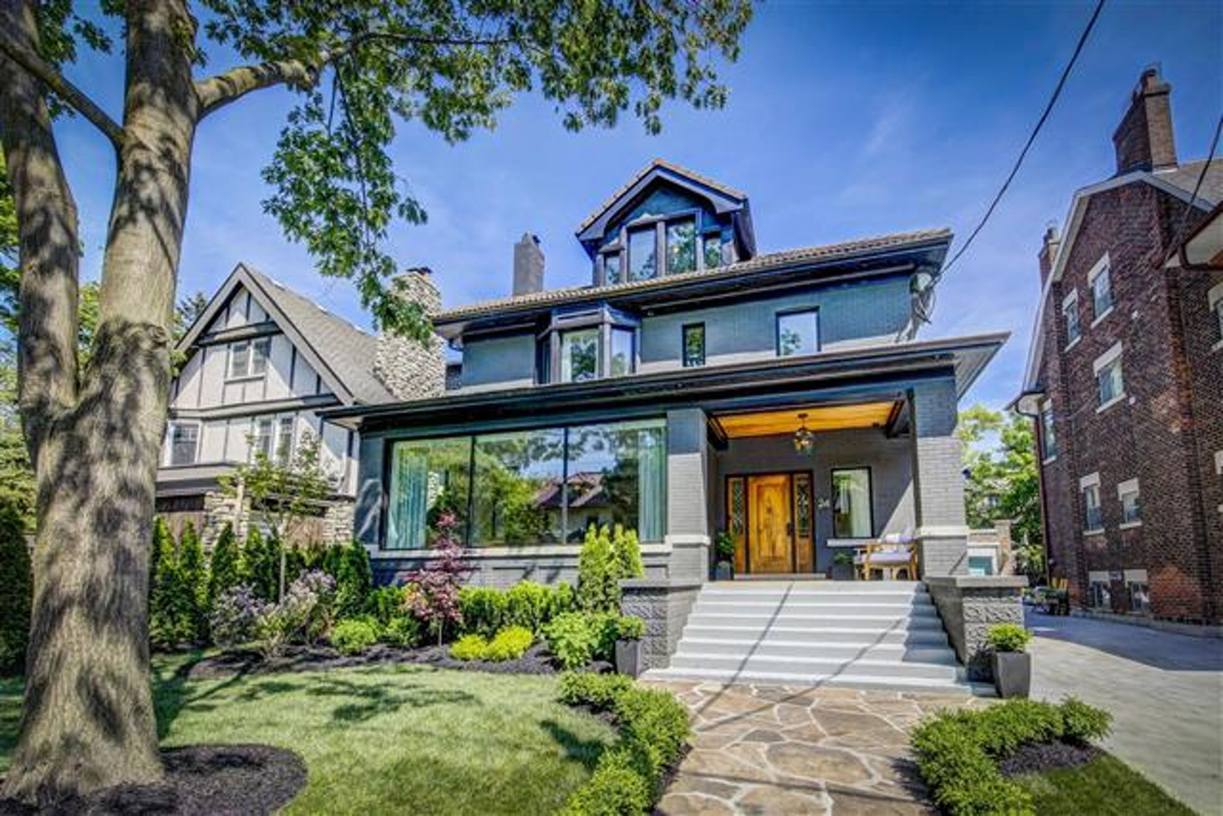 Home Of The Week A House In Shade Oaks Globe And Mail Residential Electrician Toronto Repair