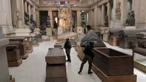 Egyptian special forces secure the main floor inside the Egyptian Museum in Cairo, Egypt, Monday, Jan. 31, 2011.