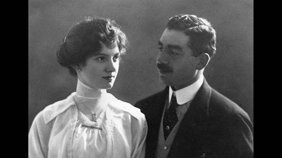 Sofia Silberberg photo: Ida and Norbert - My great-grandparents. This is their engagement picture, taken in Vienna in 1914
