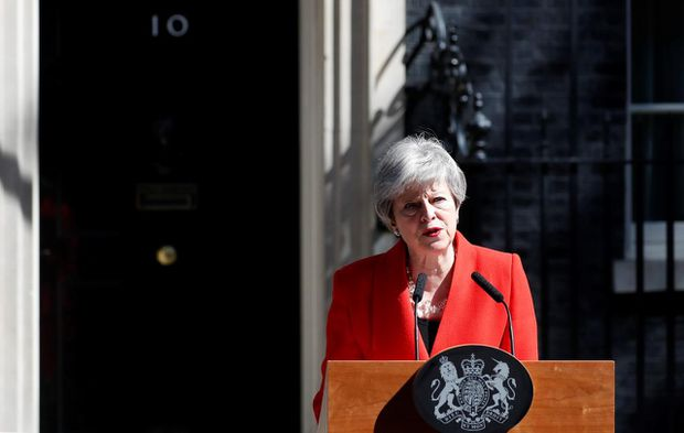 cc729991dd British Prime Minister Theresa May speaks in the street outside 10 Downing  Street in London, England, Friday, May 24, 2019. Ms. May says she'll quit  as UK ...