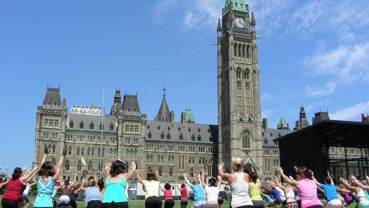 Lululemon sponsored free yoga classes on Parliament Hill in the summer. Some sessions topped out at more than 500 attendees. That's a lot of posing.