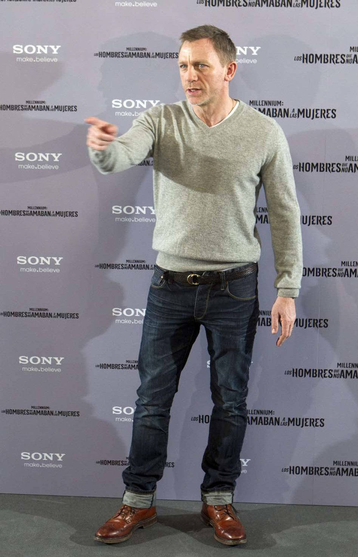 """Daniel Craig orders everyone to undo their pants at the Spanish premiere of """"The Girl with the Dragon Tattoo"""" last week."""