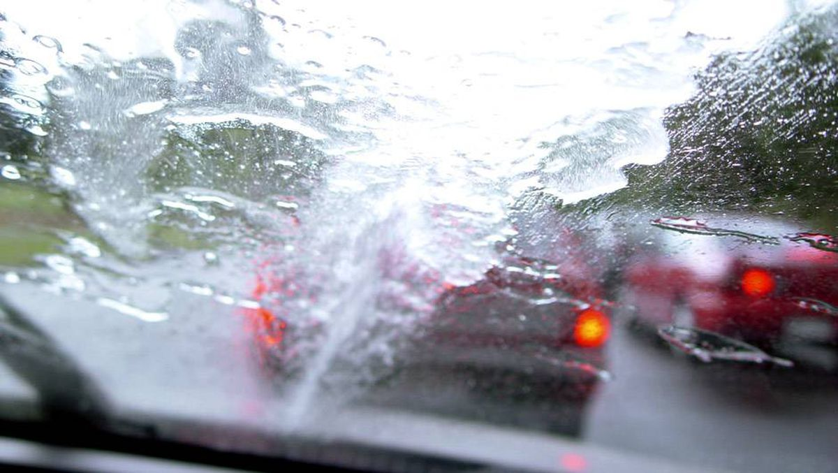 Do you spray washer fluid to avoid scraping your car's