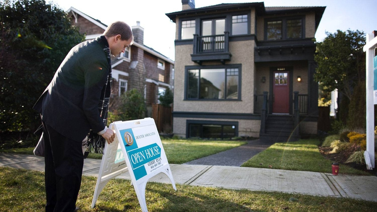 Banks are vying for property buyers by slashing their mortgage rates.
