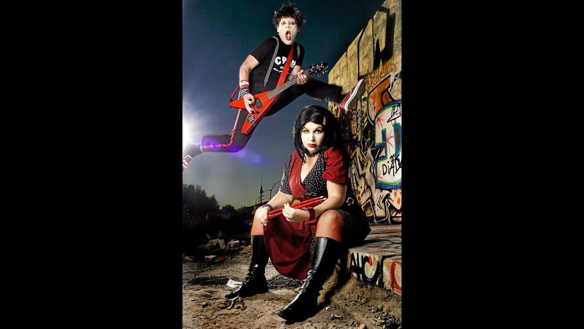 """Fans of Spinal Tap and Flight of The Conchords say """"Hallo"""" to your new favourite band. Die Roten Punkte (The Red Dots) are Berlin's Prince and Princess of Indie Rock."""