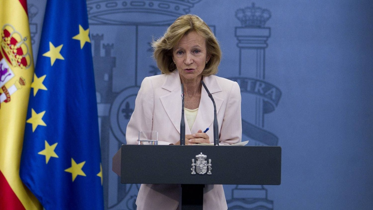 Spain's Economy Minister Elena Salgado expects more countries will ban short selling. AP Photo/Paul White