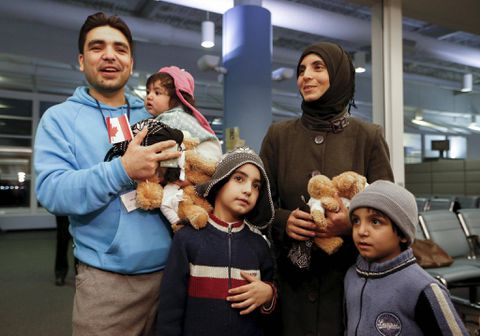 Liberals restore refugee health benefits cut by previous government