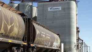 Viterra's board may have to focus on which bidder has less risk of being blocked by regulators.